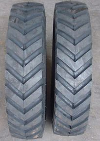 Two 7 00 15 Case Bobcat New Holland Skid Loader Tires