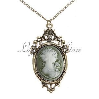 Carve Pattern Queen Pendant Necklace Long Chain Women Gift