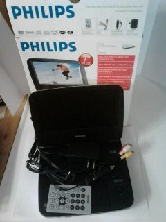 Philips PET702 37 7in Portable DVD Player w Remote Model