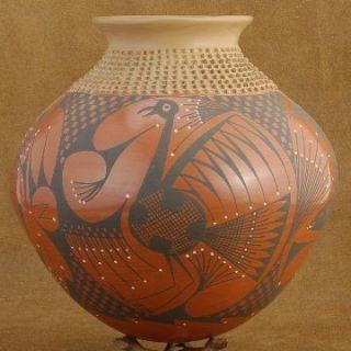 Mata Ortiz LRG Handmade Pottery Vase Urn by Lucy Mora