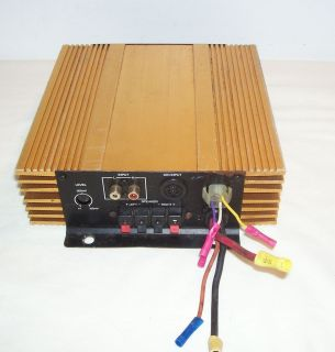 UNIC BRIDGEABLE 12 VOLT NEGATIVE GROUND POWER AMPLIFIER. MODEL NO. RV