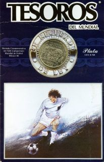 1985 Mexico Soccer 100 Peso Silver Coin in Card 31 1 grams 720 Silver