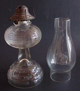 Vintage GLASS Ribbed KEROSENE OIL LAMP w GOOD HOUSEKEEPERS No 2 Burner