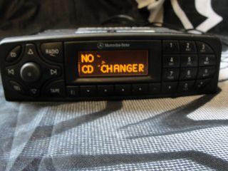 2000 2003 Mercedes Benz C240 C230 C320 Stereo Radio A 203 820 10 86