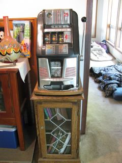Antique Mills Black Beauty Hi Top 25 Cent Slot Machine w Stand