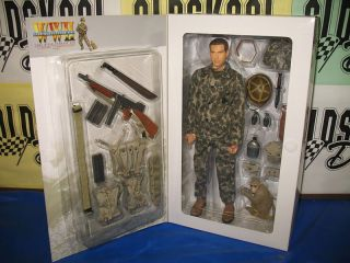 Dragon Models Military Action Figure 1 6 Charles West USMC Rifle Co 12
