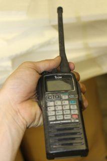 Icom IC A6 Air Vand Transceiver Radio