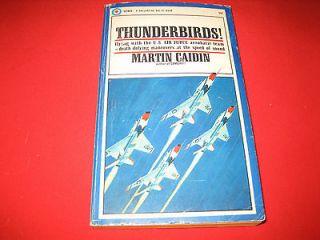 Thunderbirds.U .S. Air Force Thunderbird aerobatic team,flying