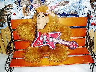 1988 ALF BURGER KING PUPPET WITH GUITAR (CARDBOARD) EUC