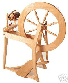 ASHFORD TRADITIONAL SPINNING WHEEL/WINTER SPECIAL/ Fiber, extra