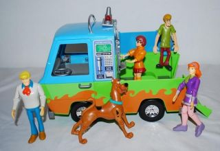 Scooby Doo Mystery Machine Van & Complete Figure Set Fred Velma Shaggy