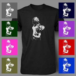 MARILYN MONROE WITH GUN GANGSTA BANDANA ymcmb hip hop Mens T Shirt