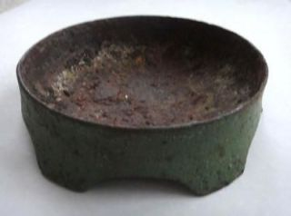 1800s antique CAST IRON CHICKEN,FARM ANIMAL FEED BOWL orig GRN PAINT