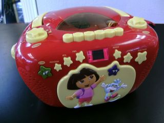 DORA THE EXPLORER BOOMBOX RADIO CD PLAYER CASSETTE RADIO RED RARE