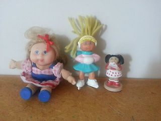 cabbage patch kids lot of 3 doll and figures awesome toys