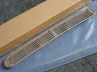 NEW TAN BROWN DASH DEFROST VENT CHEVY S10 TRUCK BLAZER SONOMA JIMMY