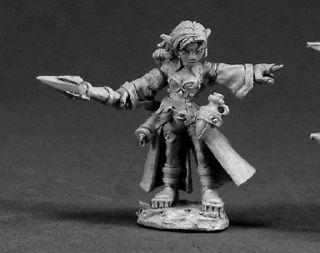 Reaper 03340 Cassie, Female Gnome Wizard