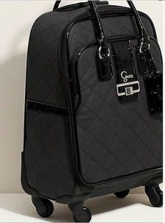 NEW GUESS QUILTED GROOVY 20 FOUR WHEEL SPINNER SUITCASE LUGGAGE BAG