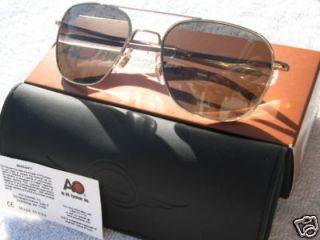Newly listed Gold American Optical Polarized Pilot Sunglasses 55mm AO