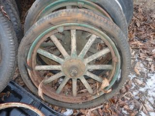 1919 20 21 22 23 24 25 FORD RIM WHEEL SPOKED 30 x 3 5 Great condition