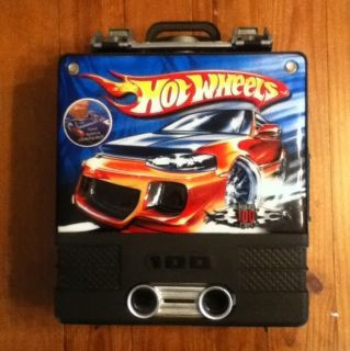 HWL02 Lot of Hot Wheels Loose Cars w Carrying Case