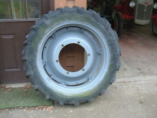 Ford 9N Early 6 Loop 32 inch Rim 9 5 Firestone Tire RARE Find