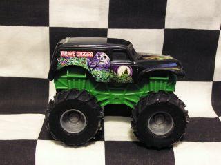 Hot Wheels 1 43 Scale Revtredz Grave Digger LVGC Monster Jam Truck