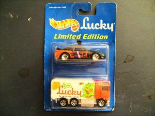 1995 Hot Wheels Lucky 2 Pack Hiway Hauler Toyota RARE