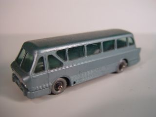 40 Leyland Royal Tiger Coach Silver Wheels 1 64 Diecast