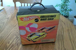 Don Prudhomme Tom McEwen Hot Wheels 72 Car Collectors Race Case 1969