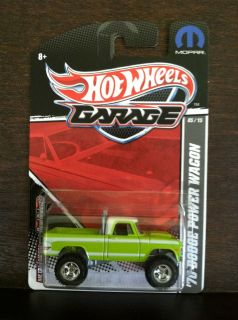 Hot Wheels Garage 70 Dodge Power Wagon