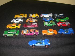 LOT OF 17 HOT WHEELS REDLINE CARS 1969 ALIVE 55, SWINGIN WING, DOUBLE