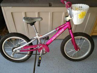 Specialized Hotrock Girls 16 Wheel Awesome First Bike