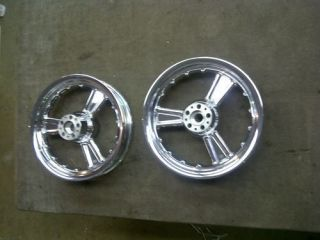 SCREAMIN EAGLE CVO ELECTRA GLIDE WHEELS 04 TOURING CHROME DETONATOR