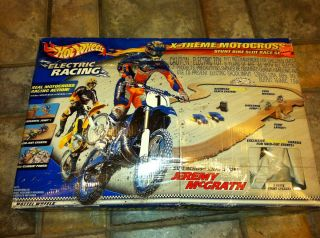 HOT WHEELS SLOT CAR RACING SETX TREME MOTOCROSS STUNT BIKE SLOT Car