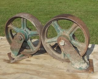 Large Industrial Cast Iron Swiveling Casters 10 Wheels