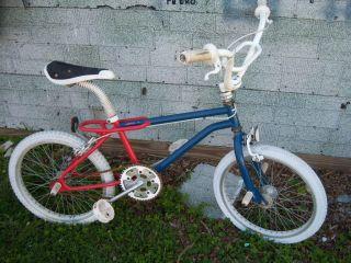 BMX Ross Piranha Trick Bike Aluminum Wheels Bicycle Pegs