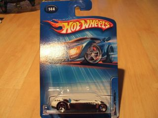 2005 Hot Wheels 144 Rocket Oil Special Indy Race Car Indianapolis 500