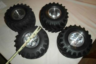 RC custom Aluminum Monster Truck wheels and tire set Tamiya Blackfoot