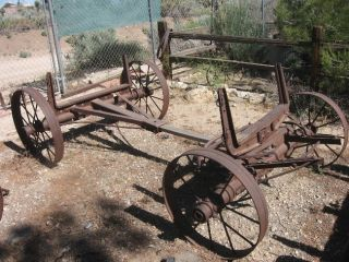 ANTIQUE 305 W IH CASE FARMALL WAGON FRAME W WHEELS GARDEN DECOR YARD