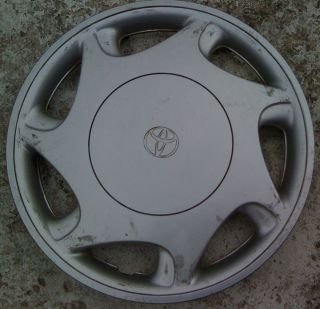 Toyota Camry Hubcap Wheel Cover 14 Rim Cap 1997 1998 1999 2000 42621