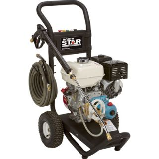 NorthStar Gas Cold Water Pressure Washer   3.0 GPM, 3300 PSI, Model# 15781820